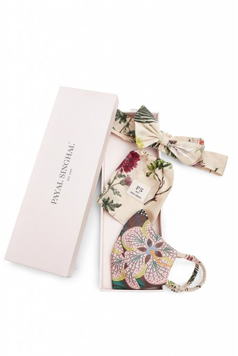 PS-HM0010  Brown Abutilon And Peach Bageecha Print Reversible 3 Ply Mask With Pouch And Hairband Set