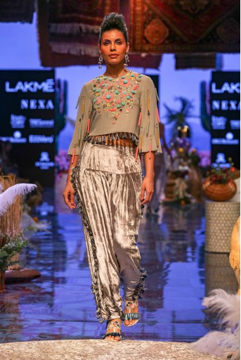 PS-FW668-1  Grey Colour Georgette Crop Top with Velvet Salwaar