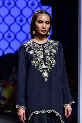 PS-FW470 Kiraz Black Crepe Kurta with Low Crotch Pant