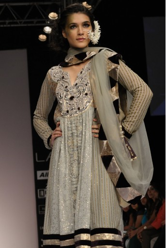 PS-FW127 Noor Ash Grey Brocade Kalidaar with Purple Brocade salwar and Grey Tulle Dupatta