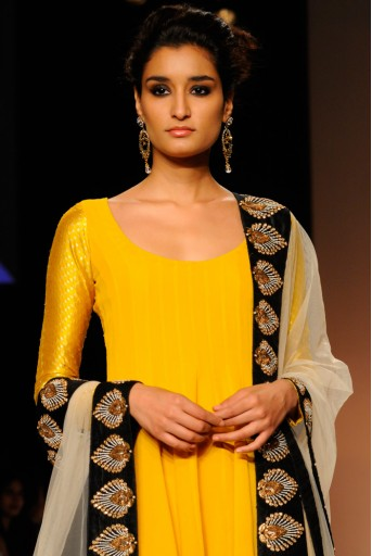 PS-FW183 Noor Sunset Yellow Georgette High-Low Kurta with Black Banarsi Patiala and Tulle Dupatta