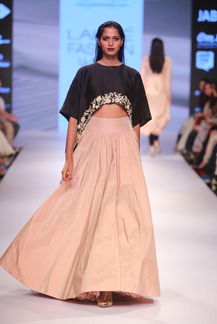 PS-FW357 Pari Black Silkmul Cape with Blush Tafetta Skirt