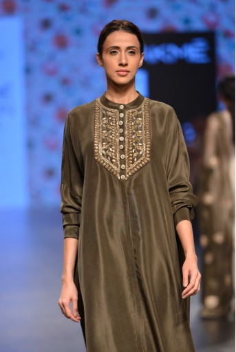 PS-FW381 Raeesa Moss Green Silk Kurta with Soft Net Churidar