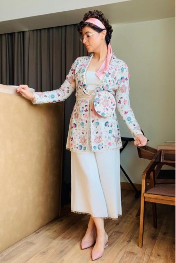 PS-FW642 Rana Chalk White Georgette, Jacket with Bustier and Culottes Pant