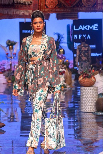 PS-FW634 Suri Brown Printed Georgette with White Printed Velvet Kimono Jacket and White Printed Velvet Bustier with Jogger Pant