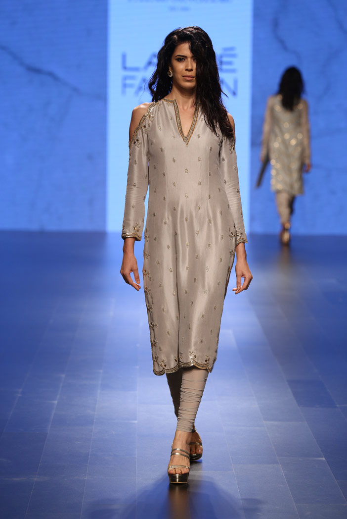 PS-FW399 Zarin Dove Grey Silk Kurta with Soft Net Churidar